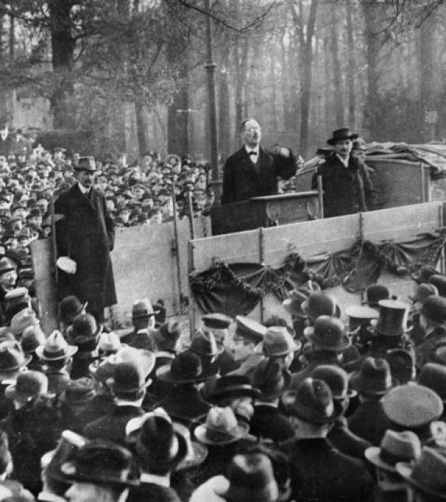 Liebknecht spricht, Berlin, Tiergarten